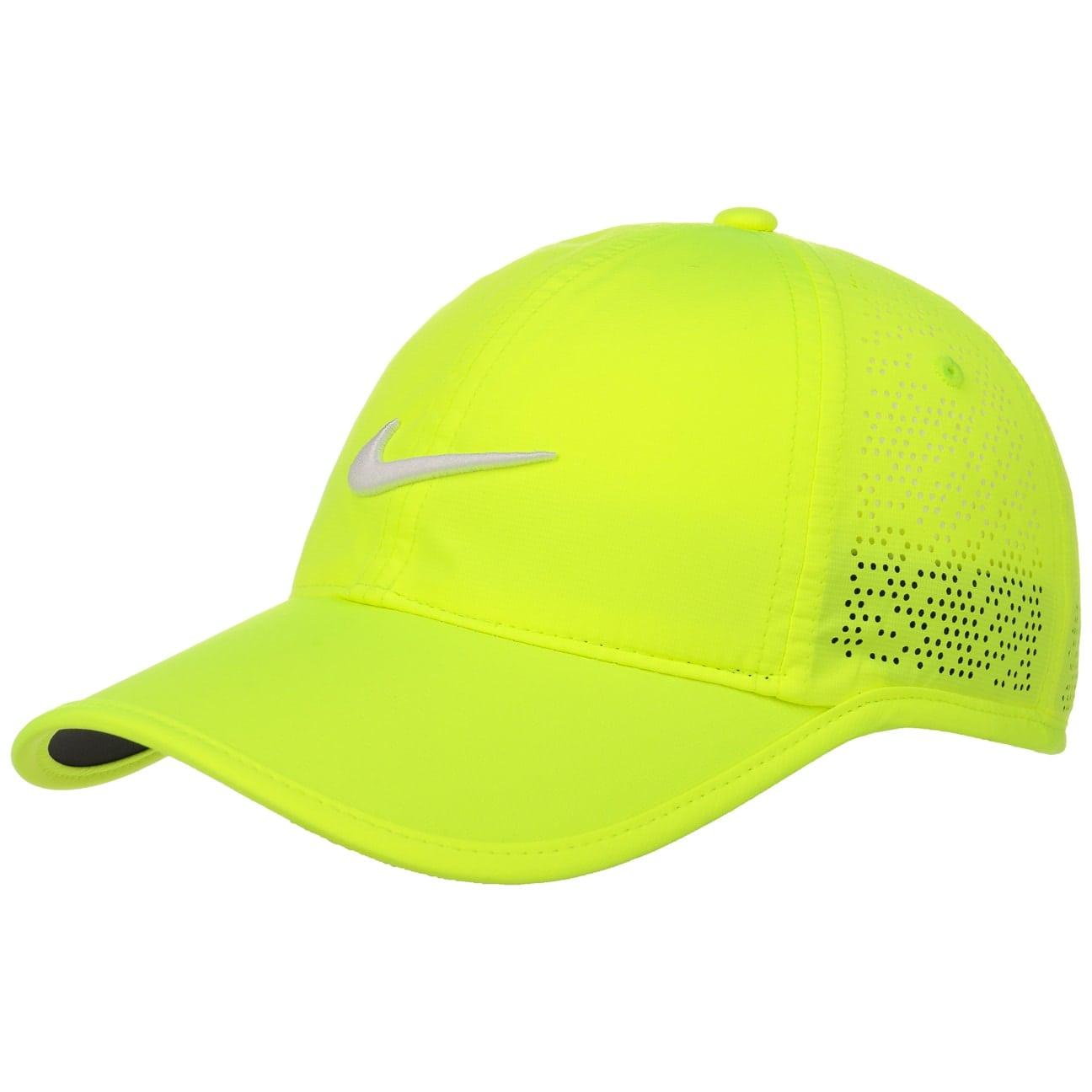 casquette-swoosh-perforation-by-nike-baseball-cap, 29.95 EUR @ chapeaushop-fr