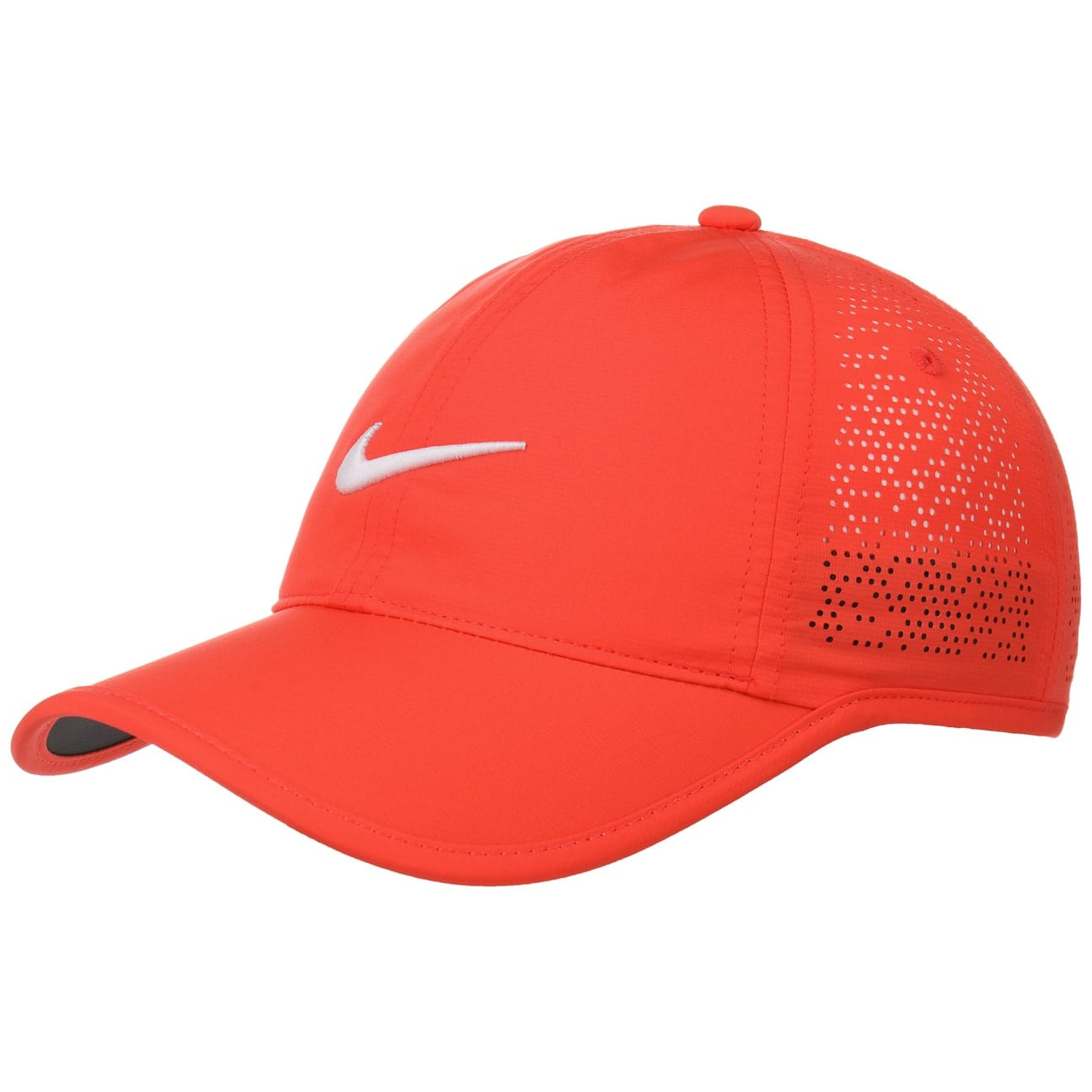 casquette-swoosh-perforation-by-nike-baseball-cap