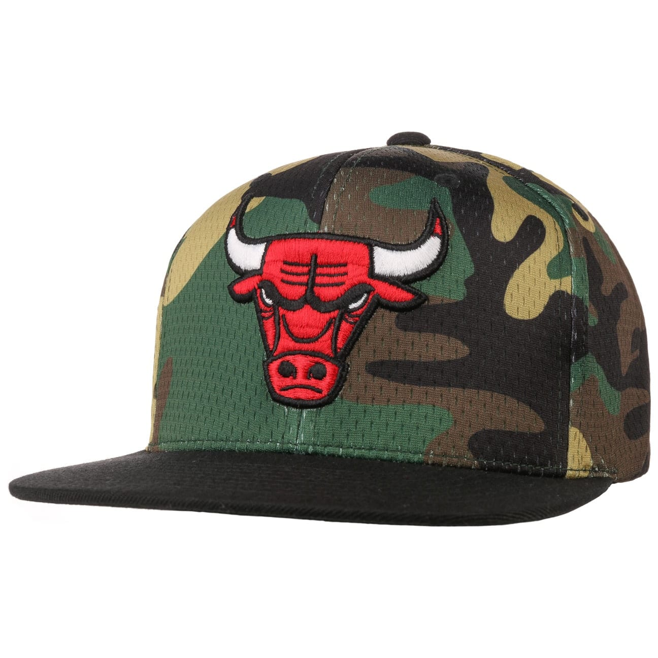 Casquette Woodland Camo Bulls by Mitchell & Ness  casquette snapback