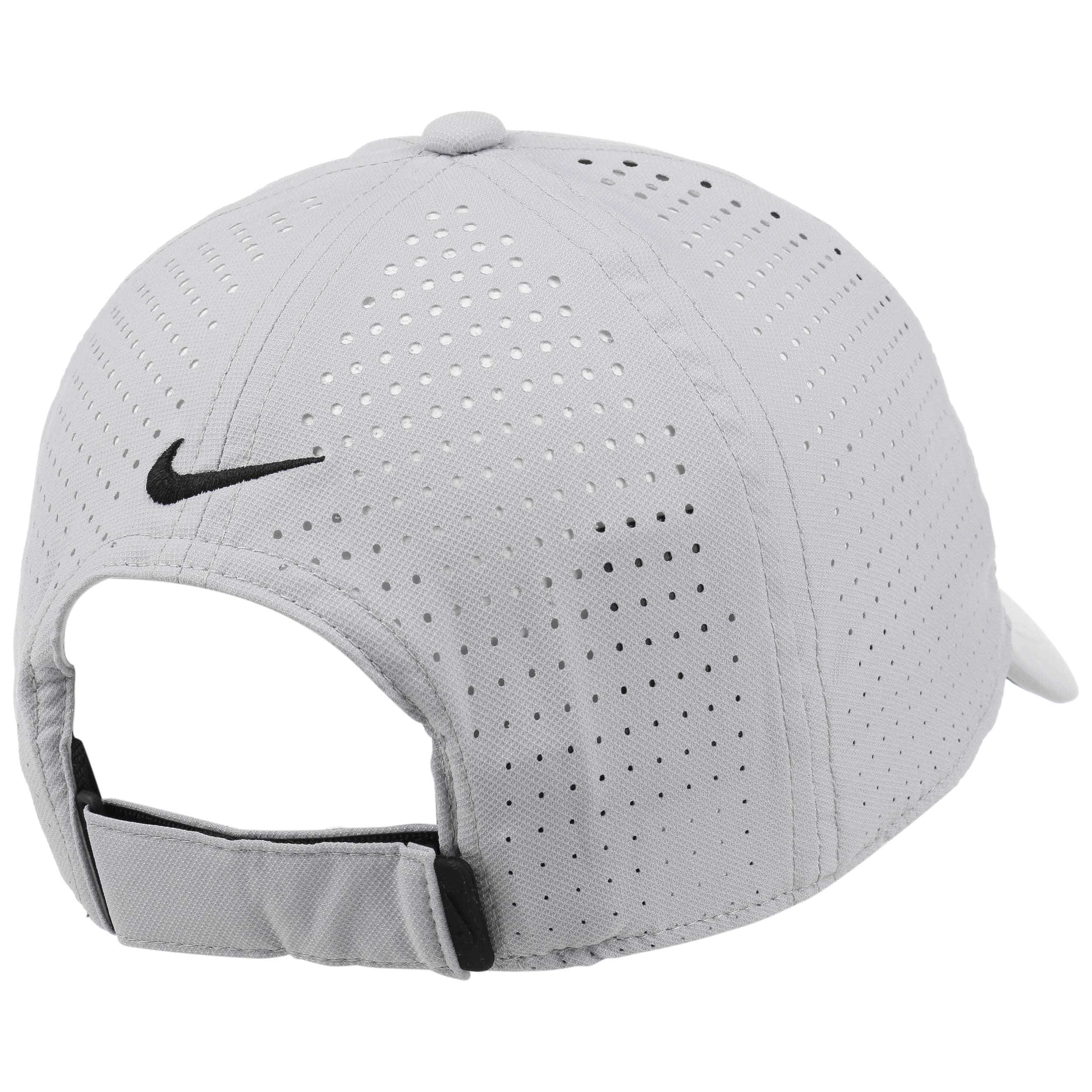 Casquette Legacy 91 Perf by Nike gris clair 3